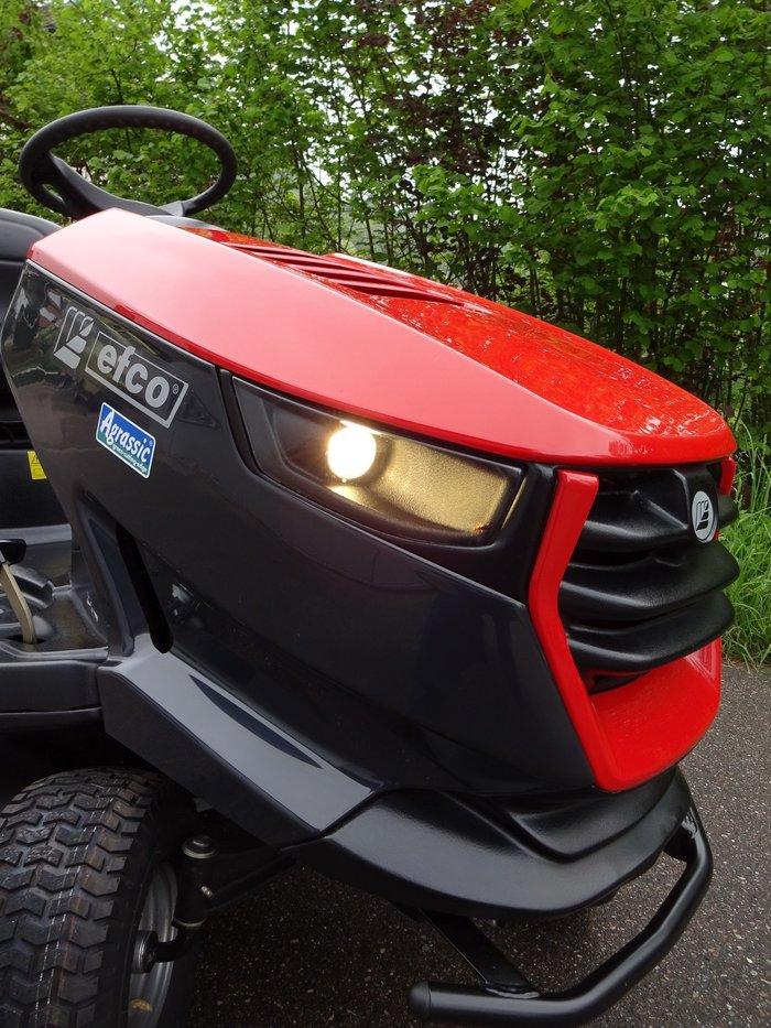 Markanter Traktor mit bullig-starker Präsenz