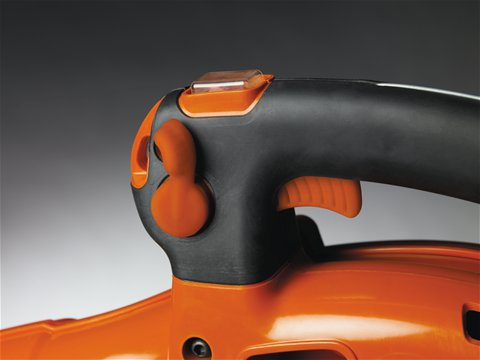 Die Geschwindigkeit des Lüfterrads lässt sich feststellen, um die Handhabung des Geräts zu erleichtern.