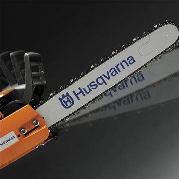 Husqvarna X-TORQ Motortechnik überlegene Power - genau für die spezifischen Anforderungen im harten Einsatz konzipiert - liefert enormen Biss bei geringem Schadstoffniveau und besonders günstigem Verbrauch