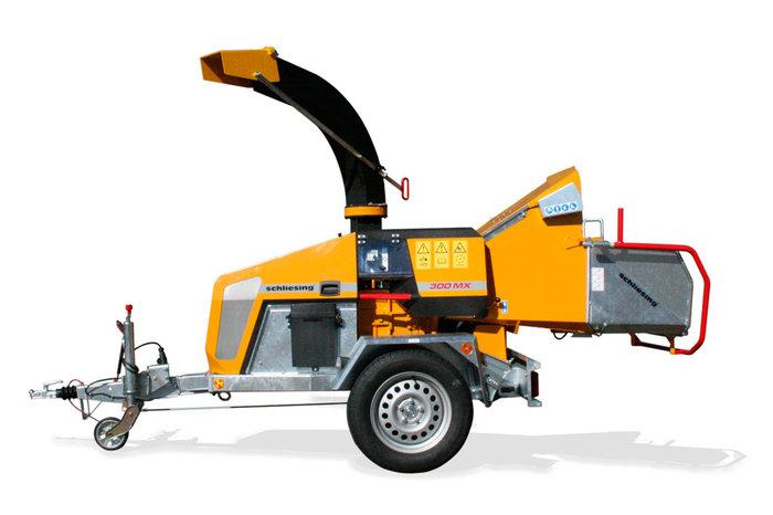 300 MX Profi-Holzzerkleinerer mit 45 PS Turbo-Dieselmotor