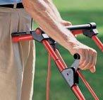 Die praktische Schnellaushebe- vorrichtung schützt die Messer beim Transport vor Beschädigungen.