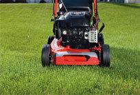 Für optimalen Schnitt bei jedem Wetter. Dank der bewährten TurboStar™ Technologie sorgt ein SABO Mäher auch bei feuchtem Gras für einen perfekten Schnitt und ein überzeugendes Fangergebnis
