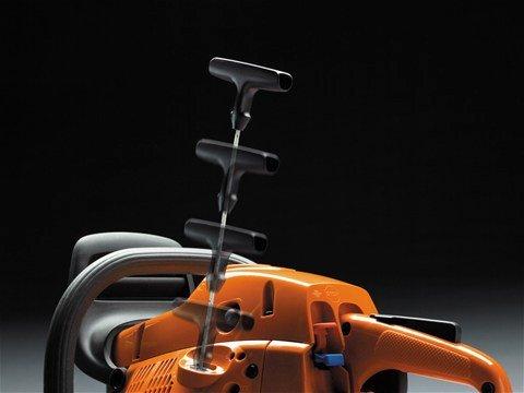 Smart Start®: Motor und Starter wurden so entwickelt, dass sich die Maschine mit minimalem Kraftaufwand starten lässt. Der Widerstand im Starterseil wurde um bis zu 40% reduziert.