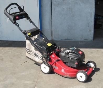 Gebrauchte                                          Benzinrasenmäher:                     Toro - 469 180015 (gebraucht)
