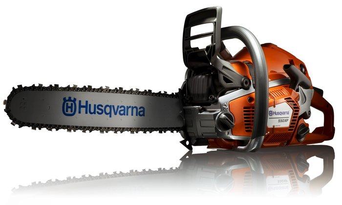 Angebote                                          Motorsägen:                     Husqvarna - 550 XP Profi-Motorsäge inkl. Forsthelm Functional (Aktionsangebot!)