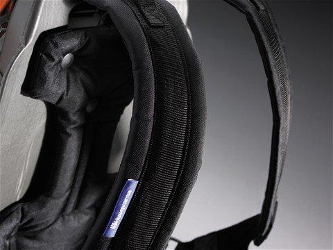 Komfortabler, belüfteter Gurt mit Hüftgürtel und breiten Schulterriemen reduziert die Last.