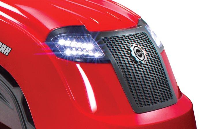 LED-Lichter  Durch die LED-Frontscheinwerfer ist ein sicheres Mähen auch bei Einbruch der Dunkelheit gewährleistet.