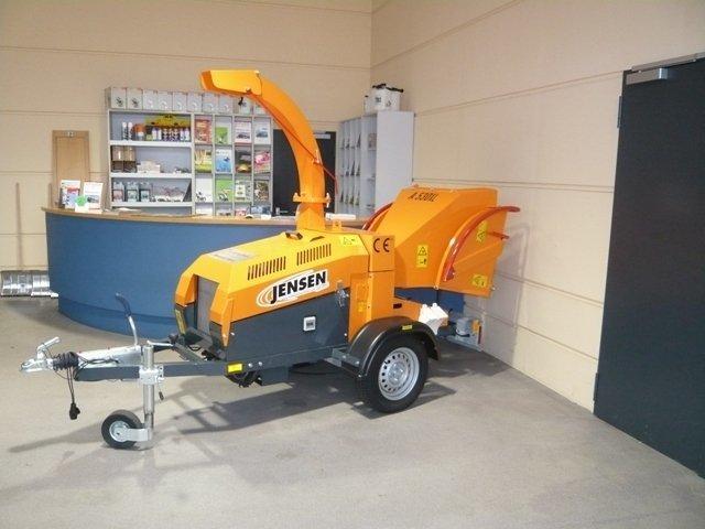Gebrauchte                                          Gartenhäcksler:                     Jensen - A530 L Holzhacker auf Fahrgestell - Auflaufbremse! (gebraucht)