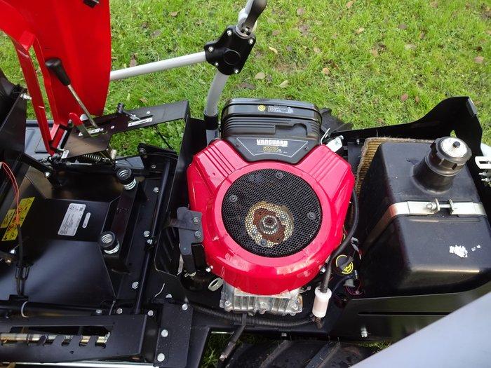 Nagelneuer 23 HP Briggs&Stratton Vanguard 2-Zylinder Motor - ((( Vanguard sind die besonderen Profi-Hochleistungs-Industriemotoren von Briggs&Stratton )))