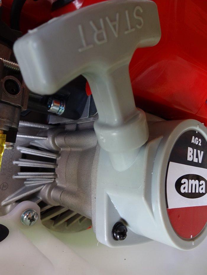 Wer gute Technik liebt kann sie hier sehen: Solide Startertechnik und professionell hochwertiger Motor komplett Alu-Magnesium