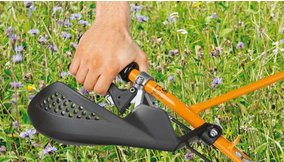 Handschutz-Set aus Kunststoff  Wirksamer Schutz vor Ranken und Dornen.