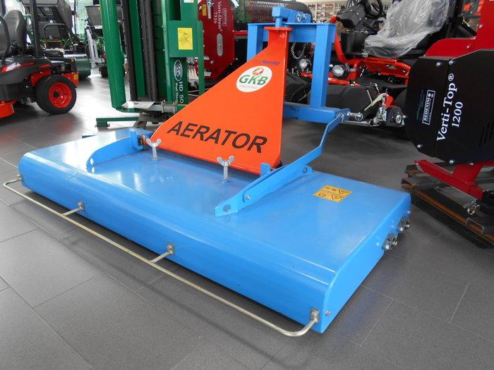 Gebrauchte                                          Bodenbearbeitungstechnik:                     GKB - Aerator (gebraucht)
