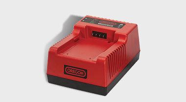 Akkus und Akkuzubehör:                     OREGON - Akkuschnellladegerät C750