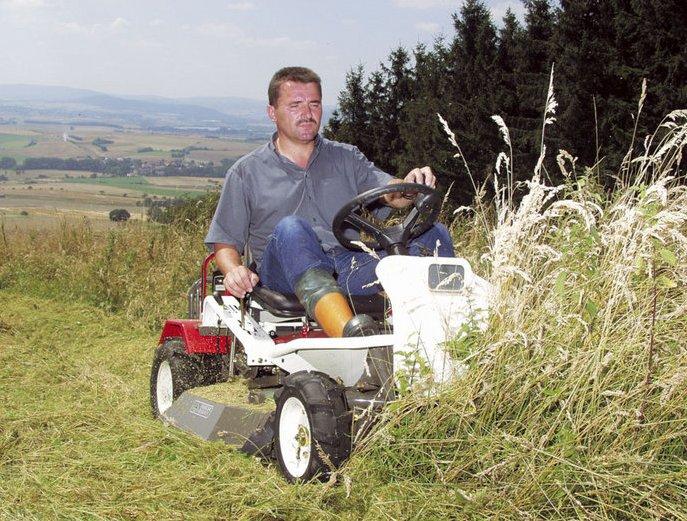 Das Kraftpaket für Hochgraswiesen und Unterholz.