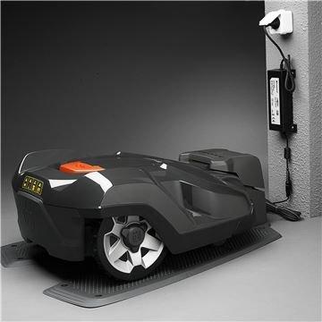 Keine Emissionen  Da der Automower® elektrisch betrieben wird entstehen keine schädlichen Abgase.