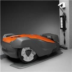 Keine Emissionen Automower® ist elektrisch angetrieben und erzeugt keine schädlichen Emissionen.
