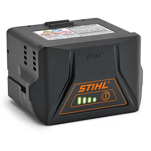 Akku AK 20  Kompakter Lithium-Ionen-Akku für das AkkuSystem COMPACT mit einer Spannung von 36 V und einer Leistung von 118 Wh. Laufzeit abhängig je nach Gerätetyp. Mit Ladezustandsanzeige (LED). Kompatibel mit den Ladegeräten AL 101, AL 100, AL 300 und AL 500.