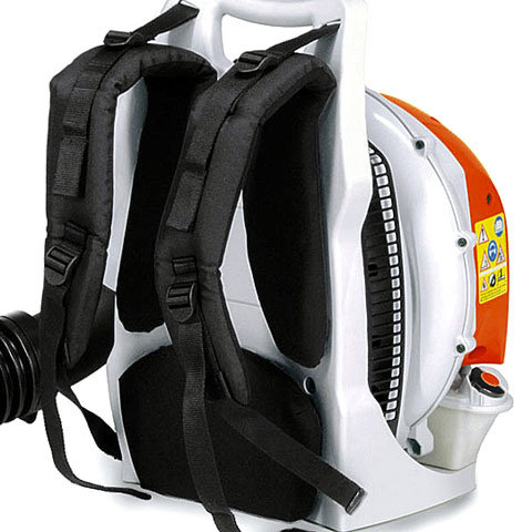 Komfortables Tragsystem  Mit atmungsaktiver Rückenpolsterung für ermüdungsarmes Arbeiten auch bei längeren Einsätzen. (Abb. ähnlich)