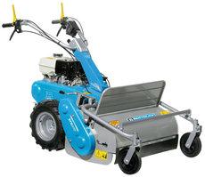 Schlegelmulcher: Meccanica Benassi - TR 800 mit Raupenketten