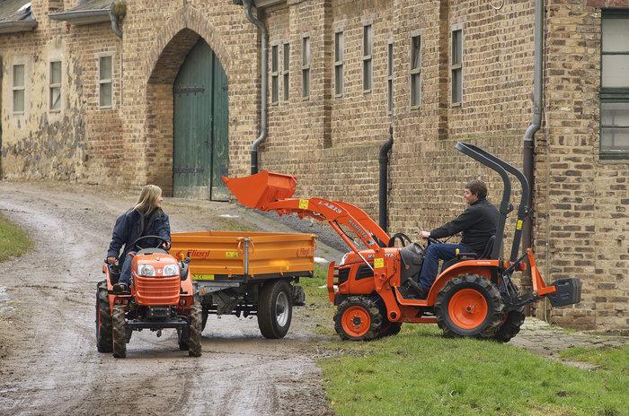 Frontlader gibt es für jeden KUBOTA Traktor von 12PS bis 128PS