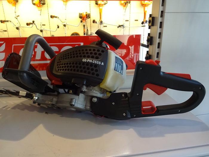 Sehr massives Profi-Getriebe - abschmierbar mit Schmiernippel und 5-fach verstellbarer Griff für ergonomisch optimales Arbeiten