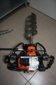 Mieten Erdbohrer: Stihl - Bohrgerät BT121 (mieten)