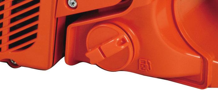 werkzeuglose Tankverschlüsse  Der Tankverschluss kann einfach und schnell von Hand geöffnete werden. Für das Nachfüllen von Benzin ist also die Benutzung von Werkzeug wie Schraubenschlüsseln überflüssig.