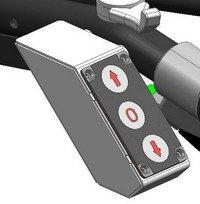 Bedienpaneel: Elektrohydraulische Fahrantriebsverstellung.