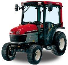 Kompakttraktoren: Yanmar - EF 227H mit Rasenbereifung und Überrollbügel