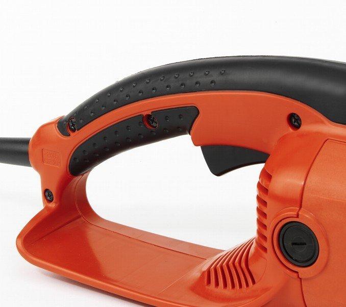 Der ergonomische Softgriff und der große Einschalthebel sorgen für mehr Sicherheit und Bequemlichkeit
