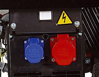 Die Steckdosen 230 V/400 V mit Schutzart IP44 sind thermischabgesichert.