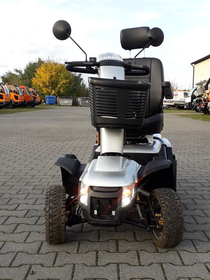 Gebrauchte                                          Elektrofahrzeuge:                     AIXAM - Elektro-Fahrstuhl (gebraucht)
