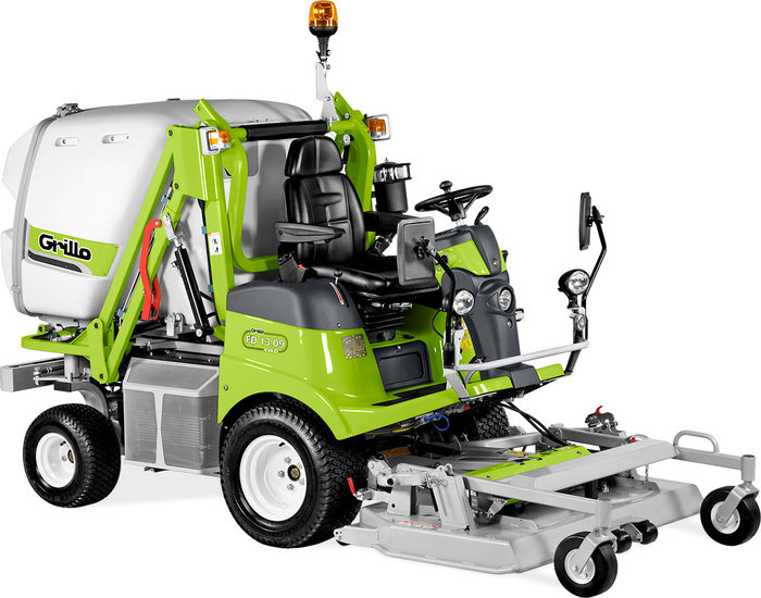 Frontmäher:                     Grillo - FD 13.09 4 WD