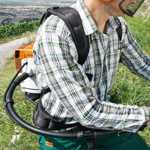 Werkzeugtasche  Die integrierte Werkzeugtasche bietet zusätzliche Verstaumöglichkeiten für Zubehör und Ausrüstung.