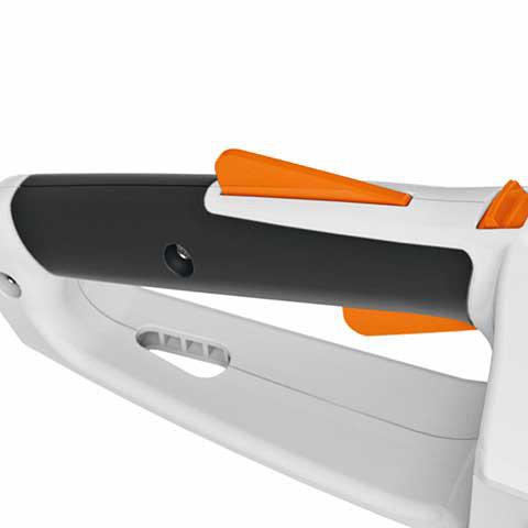 Aktivierungsschlüssel  Die Benutzung des Geräts ist nur mit dem Aktivierungsschlüssel möglich. Wenn der Schlüssel gezogen wird, ist das Gerät zum Schutz vor unbeabsichtigter Inbetriebnahme stromlos. Das Gerät kann sicher gelagert und transportiert werden.