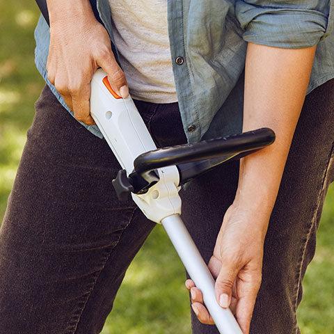 Längerverstellbarer Schaft  Der perfekt ausbalancierte FSA 56 passt sich mit flexiblen Griffen und variabler Schaftlänge optimal Ihrer Arbeitsweise an.