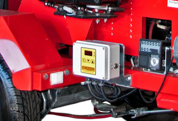 Anti-Stress-Einrichtung -  Das System überwacht und regelt den hydraulischen Einzug und die Motorendrehzahl. Ein Verstopfen des Gerätes ist somit unmöglich.