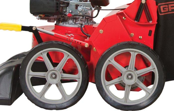 36 cm Vollgummireifen -  große 36 cm Vollgummireifen sorgen für leichtes Manövrieren des Geräts und sind plattfußresistent.
