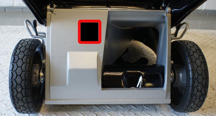Ein zusätzlicher Luftschacht führt die Luft aus dem Fangsack zurück zur Lüfterscheibe über dem Messer und optimiert dadurch den Luftstrom.