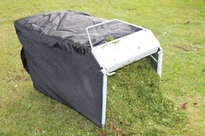 Beste Mähergebnisse, egal ob bei langem oder feuchtem Gras. Ein optimal gefüllter Fangsack dank Power Air Vac Turbo Luftstromsystem.