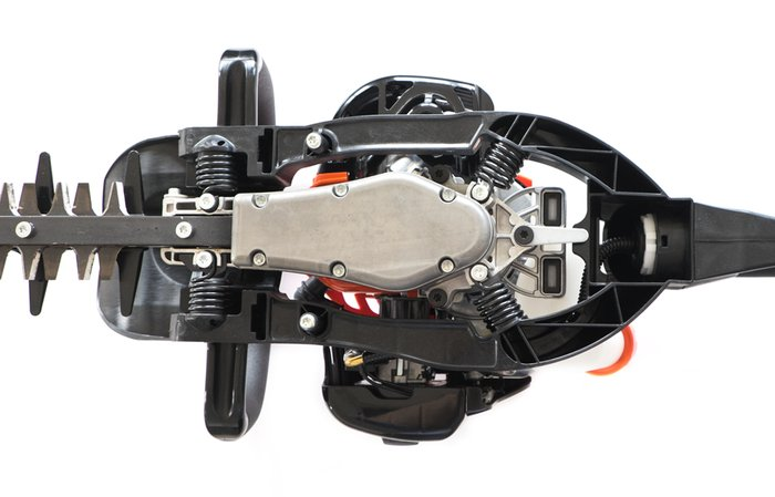 Antivibrationssystem  Das federunterstütze ECHO Anti-Vibrations-System reduziert Vibrationen die durch den Motor entstehen erheblich. Ein längeres und angenehmeres Arbeiten mit dem Gerät ist somit möglich. (Abb. ähnlich)
