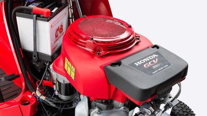 Pro-Motoren  Der HF 2315 Rasentraktor wird von unserem GCV 520 Pro-Motor betrieben und bietet die höchste Zuverlässigkeit, Leistung und Kraftstoffeffizienz eines Honda 4-Takt-Motoren.