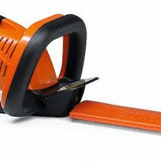 Messerschutz: Zum Schutz der Schneidmesser und für den sicheren Transport sind beide Akku-Heckenscheren mit einem Messerschutz ausgestattet.
