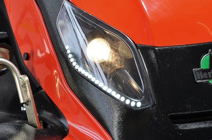 LED-Tagfahrlicht und Halogen-Beleuchtung