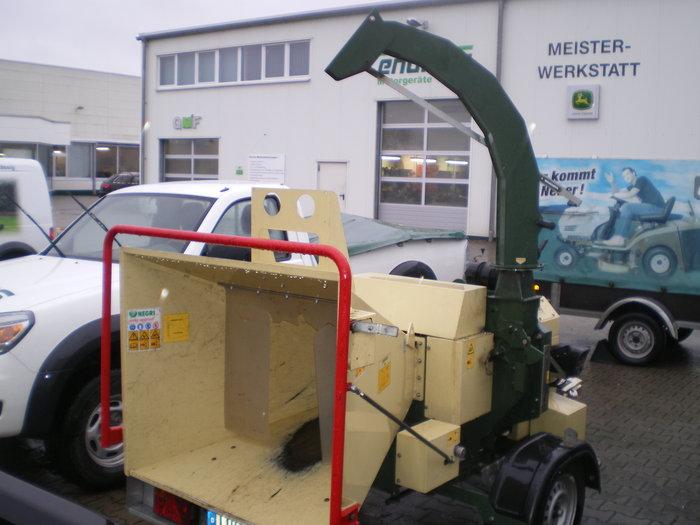 Angebote                                          Holzhäcksler:                     Negri - Häcksler C14 (Diesel) (gebraucht, Schnäppchen!)