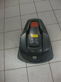 Gebrauchte Mähroboter: Husqvarna - Husqvaran Automower 305 (gebraucht)