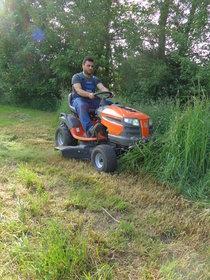 "Angebote  Gartentraktoren: Husqvarna - Husqvarna TS 142 - AGRASSIC-Traktor ""GREEN PROFI""T"" ANGEBOT"" (Aktionsangebot!)"