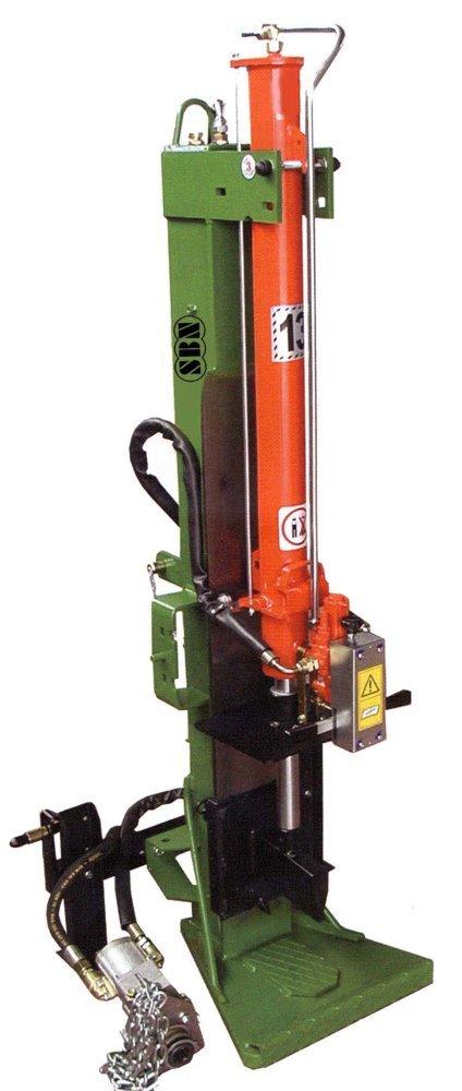 Holzspalter:                     SBN - Hydraulikspalter HSZ 13 A