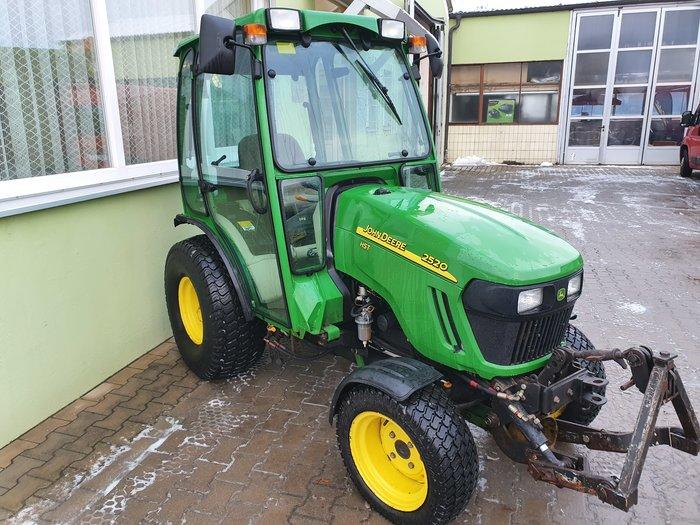 Angebote                                          kommunale Gartentraktoren:                     John Deere - John Deere 2520 HST (gebraucht, Aktionsangebot!)
