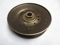 Ersatzteile: John Deere - John Deere AM128593 Riemenscheibe Keilriemenscheibe SST15 SST16 SST18